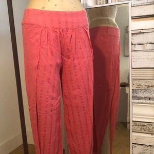Coral colored side slit pants. Amuse brand.